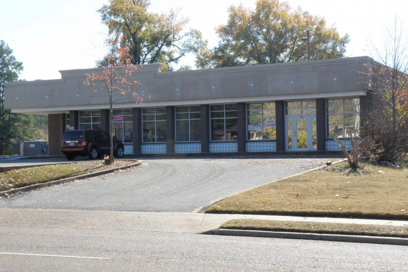 Prime Retail Space Available – 6115 Stage Rd Flyer